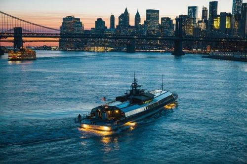 Bateaux New York Dinner Cruise / from $199.37