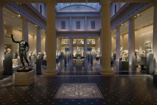 Viator VIP: EmptyMet Tour at The Metropolitan Museum of Art / from $199.00